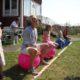 2014 - Hüpfballwettbewerb für alle während des Sommerfestes